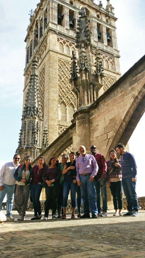 Visita a las cubiertas de la Catedral de Sevilla como parte de las actividades del máster, organizada por el profesor de la M8 Jaime Navarro, que es también Arquitecto Mayor y Conservador de la Catedral. 20 de abril de 2017